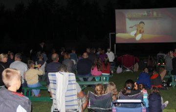 Kino plenerowe- kinem popularnym