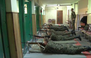 Orlęta ćwiczyły strzelanie