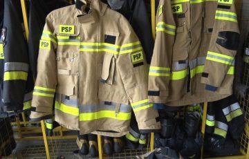 Nowe mundury dla strażaków