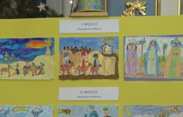 Wystawa kartek świątecznych w farze