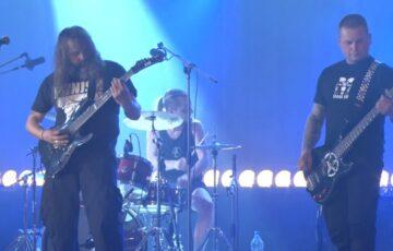 Trash metal na zakończenie koncertów online